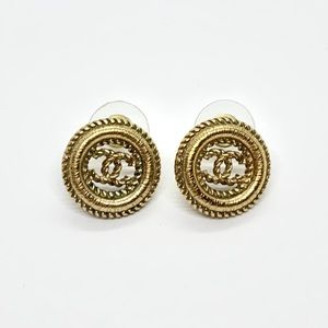 CHANEL Gold Tone Round CC Textured Twisted Pierced